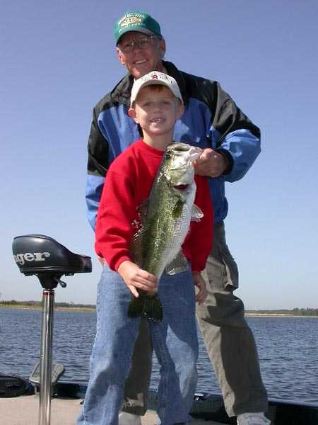 Duck Harbor Pond has great fishing for large mouth bass, small mouth bass, crapper, trout and more